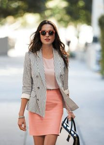 cool-summer-work-outfits-for-girls-11